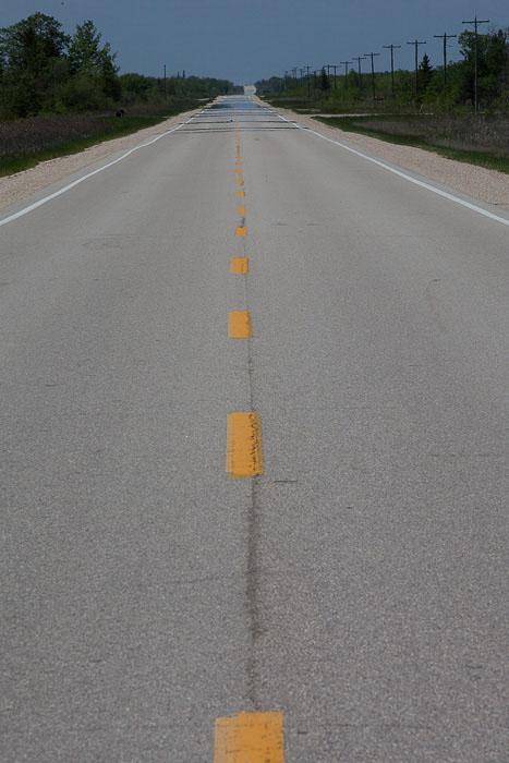01-Gibaud-Canada-Manitoba-Photography-Road