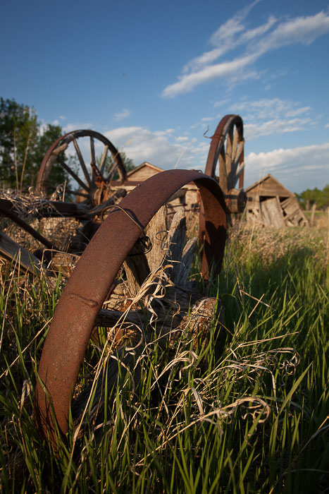 04-Gibaud-Canada-Manitoba-Roblin-Photography-Rust