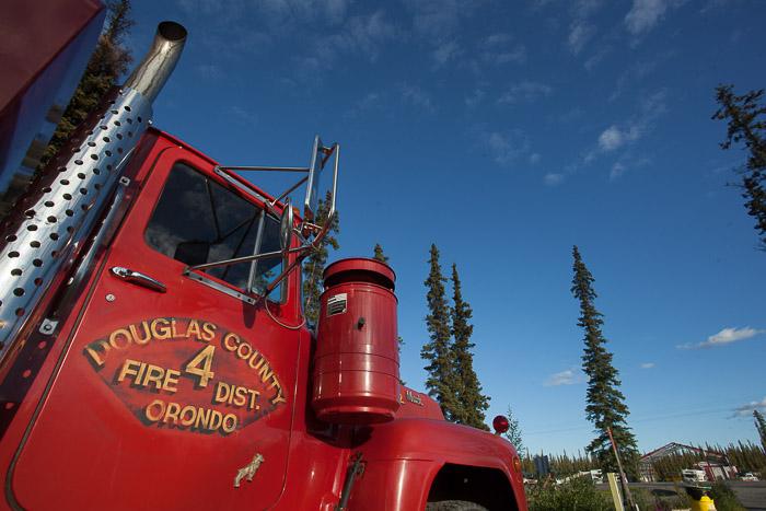 02-Gibaud-Transam-Photography-USA-Alaska-Glenallen-Red Truck