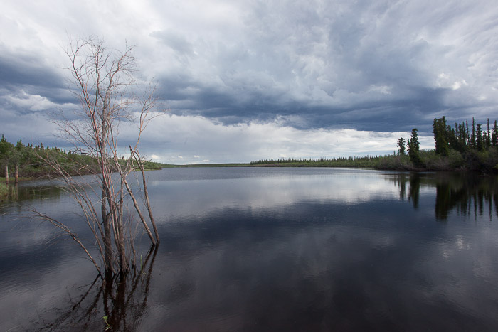03-Gibaud-Transam-Photography-Canada-NWT-Inuvik-Lake