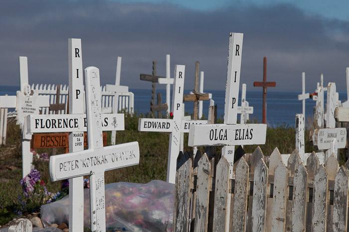 09-Gibaud-Transam-Photography-Canada-NWT-Tuktoyaktuk-Cemetery