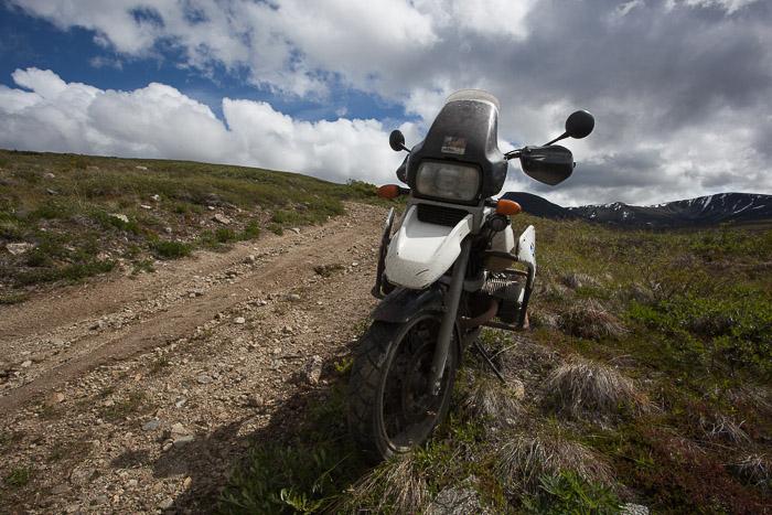 06-Gibaud-Transam-Photography-Canada-Atlin lake-motorbike