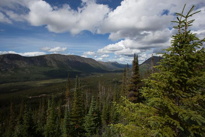 10-Gibaud-Transam-Photography-Canada-Atlin lake-valley
